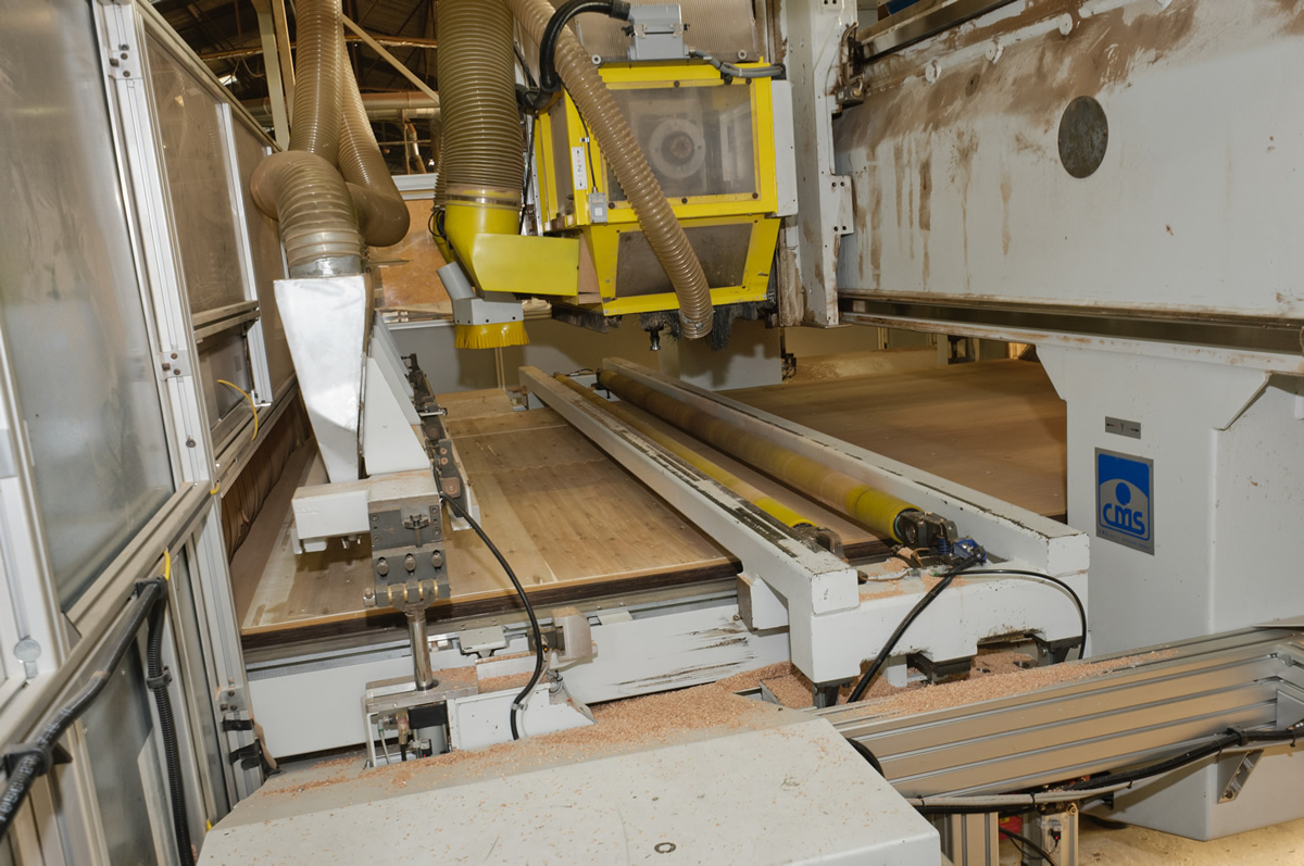 centre d'usinage bois à mesure automatique