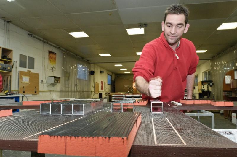 fabrication de panneau composite usiné