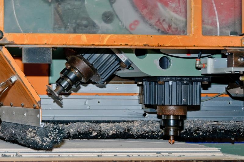 centre d'usinage bois à panneau palpé automatique